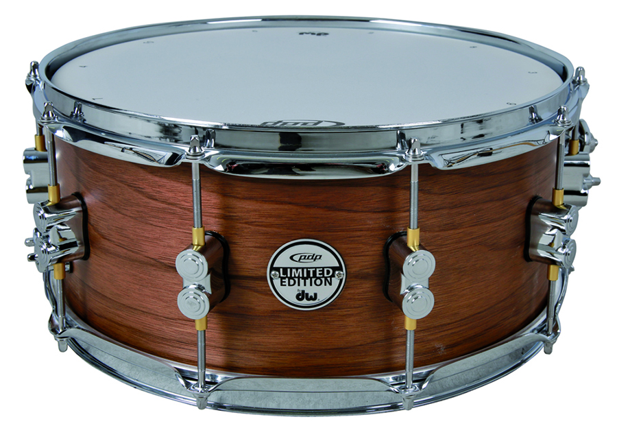 d55e49a38e12 New DW snare + drum bags from GEWA